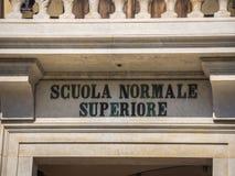 Fantastisk herrgård på den Cavalieri fyrkanten i Pisa - den Carovana slotten kallade Scuola Normale Superiore - Tuscany Italien royaltyfria bilder