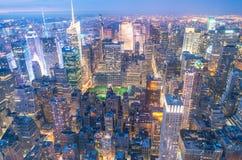 Fantastisk horisont av Manhattan flyg- ny sikt york Royaltyfria Foton