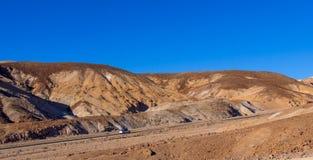 Fantastisk konstnärpalett på den Death Valley nationalparken i Kalifornien - DEATH VALLEY - KALIFORNIEN - OKTOBER 23, 2017 Royaltyfria Foton