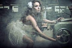 fantastisk kvinna för brädesnittstående Fotografering för Bildbyråer