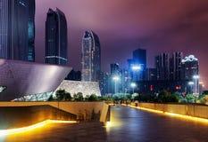 Fantastisk nattsikt av moderna byggnader, Guangzhou, Kina Royaltyfri Fotografi