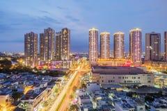 Fantastisk nightscape av Ho Chi Minh City, Vietnam royaltyfri foto