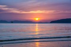 Fantastisk sikt av den härliga stranden Läge: Krabi Thailand, Andaman hav Konstnärlig bild Carpathian Ukraina, Europa royaltyfri bild
