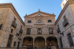 Fantastisk sikt av kyrkan av San Gines i stad av Madrid, Spanien royaltyfri foto