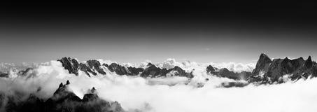 Fantastisk sikt från Aiguille du Midi Royaltyfri Fotografi