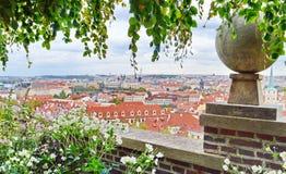 Fantastisk sikt på den Prague staden Royaltyfri Fotografi