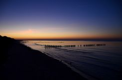 Fantastisk solnedgång över havet balsam arkivfoton