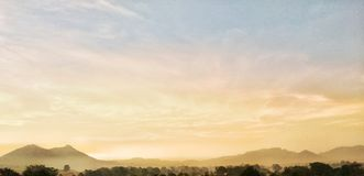 Fantastisk solnedgångsikt Royaltyfri Bild