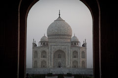 Fantastisk soluppgång på Taj Mahal Arkivbild