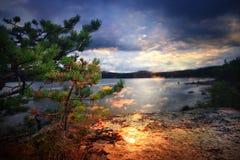 Fantastisk sommarsolnedgång Fotografering för Bildbyråer