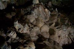 Fantastisk utöver det vanliga naturlig speleothem i stor grotta i nya Athos, Abchazien Arkivfoton