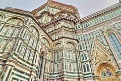 fantastiskt detailed basilicadel diden ytterberömda fioreflorence landmarken maria mest natt santa arkivfoto