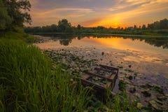 Fantastiskt färgrik solnedgång Fotografering för Bildbyråer