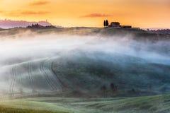 Fantastiskt landskap av Tuscany Arkivbild