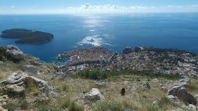 Fantastiskt landskap från dubrovnik i höst stock video