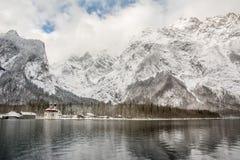 Fantastiskt landskap på berchtesgadenernationalparken Arkivfoto