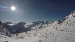 Fantastyczny widok przy przyjazdem cableway Presena lodowiec Adamello, Lobbie, Presanella i Piana, Di Neve zbiory