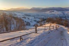 Fantastyczny wieczór zimy krajobraz Zdjęcia Royalty Free