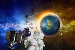 Fantastyka naukowa backckground - astronautyczny selfie obraz stock