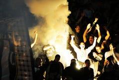 Fanáticos del fútbol del fútbol o que celebran meta Imágenes de archivo libres de regalías