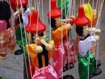 Fantoches coloridos de Pinocchio imagem de stock royalty free