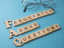 FAQ, Dobrowolnie Pytać pytanie Słowo typografii pojęcie obraz stock