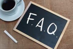 FAQ, Dobrowolnie Pytać pytanie Słowo typografii pojęcie obrazy stock