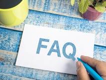 FAQ, Dobrowolnie Pytać pytanie Słowo typografii pojęcie fotografia stock