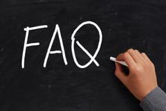 FAQ på den svart tavlan Fotografering för Bildbyråer