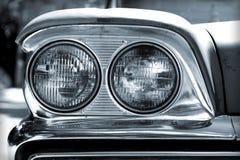 Faróis do carro do vintage fotos de stock royalty free