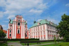 Fara Poznanska barockkyrka i Poznan Royaltyfri Bild
