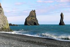 Faraglioni auf dem Strand der Organrohre Stockfotografie