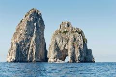 Faraglioni Capri fotografie stock libere da diritti