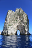 Faraglioni, Capri wyspa (Włochy) Zdjęcia Royalty Free