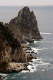 Faraglioni di Mezzo,卡普里岛海岛-意大利 库存照片