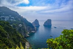 Free Faraglioni, The Signature Of The Island Of Capri Royalty Free Stock Images - 183071489