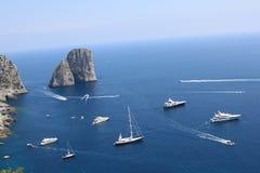 Faraglioni un Capri Photos libres de droits