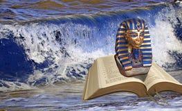 Faraone di profezia della bibbia all'incrocio di Mar Rosso fotografia stock