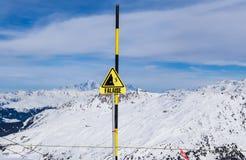 faratecken Skidar semesterorten Val Thorens Arkivfoto