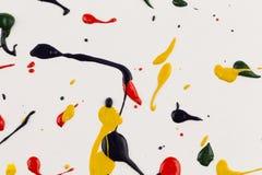 farb kropel pluśnięcia papier Zdjęcia Stock