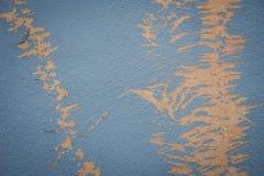 Farbe auf der Wand, die nahtloser Beschaffenheit mit Muster des rustikalen blauen Schmutzmaterials abzieht Stockfotos