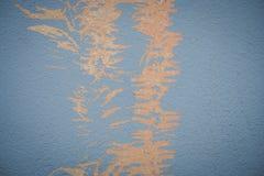 Farbe auf der Wand, die nahtloser Beschaffenheit mit Muster des rustikalen blauen Schmutzmaterials abzieht Lizenzfreie Stockbilder