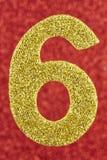 Farbe der Nr. sechs Goldüber einem roten Hintergrund jahrestag Lizenzfreies Stockbild