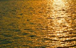 Farbe des Leichtwassers Stockfoto