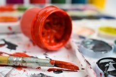 Farbe für zeichnende Farbkunstpinsel stockfotos