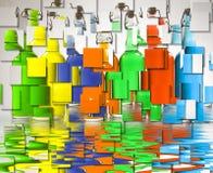 Farbe gefüllte Flaschen Stockfotos