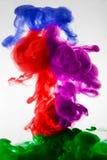 Farbe im Wasser, Rot, bunt, blau, grün, Gelb Lizenzfreie Stockfotografie