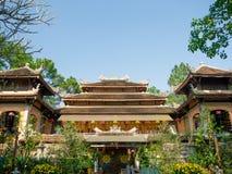 Farbe, Vietnam - 13. September 2017: Schöner alter Tempel mit dem abeautiful blauen Himmel, gelegen in der Farbe, Vietnam Stockfotos