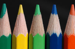 Farben-Bleistifte. stockfotos