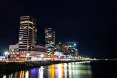 Farben in der Nacht der Küste Stockfotos
